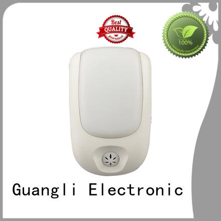 Guangli compact size auto sensor led night light for living room