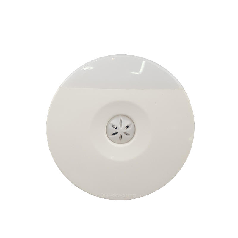 Sensor Switch Night Light plug in LED Wall Lamp for Indoor 110-220V 0.8W