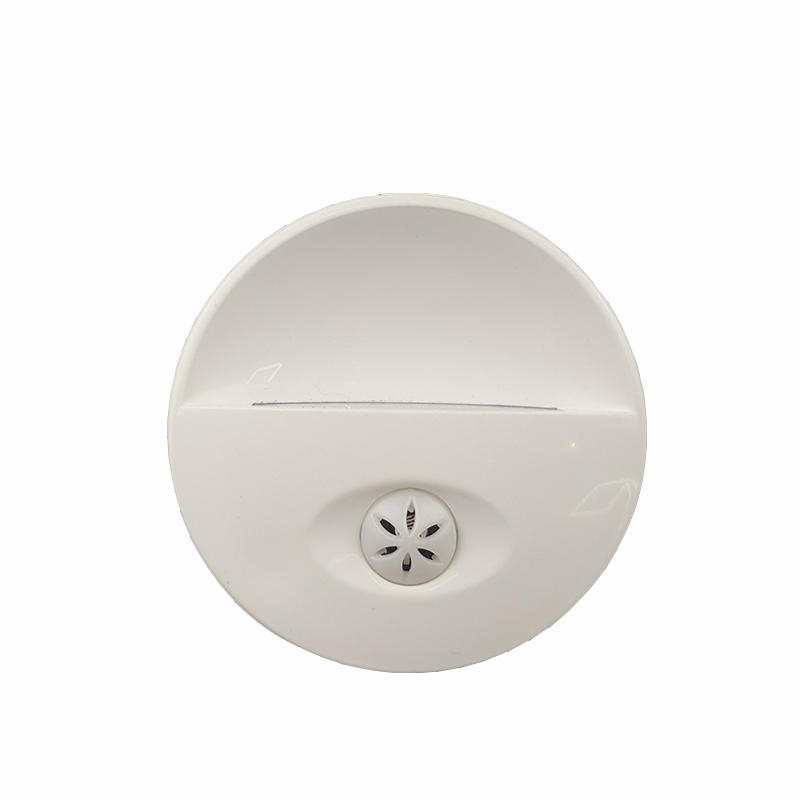 CE ROHS EU wall lamp LED plug in Night Light with Auto Dusk to Dawn Sensor for kids bedroom