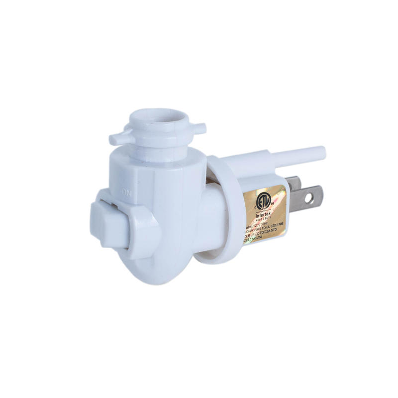US night light base socket three pins 360° rotary plug for wall lamp ETL CETL UL approved